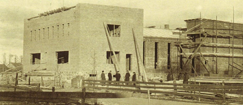 Līvu tautas nama celtniecība 1939. gadā